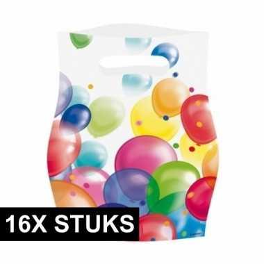 16x feestzakjes met ballonnenopdruk plastic 16x23cm- feestje!