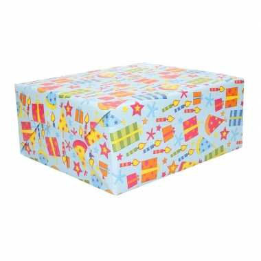 2x geschenkpapier gekleurd feesthoedjes 70 x 200 cm- feestje!