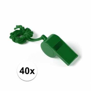 40x feestartikelen plastic groen fluitje- feestje!