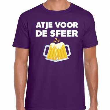 Atje voor de sfeer feest t-shirt paars voor herenfeestje!