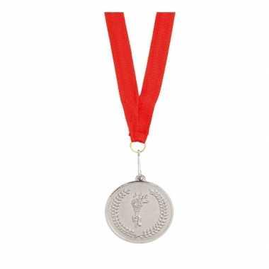 Feest medaille zilver gekleurd met lint feestje