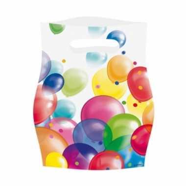 Feestzakjes met ballonnenopdruk plastic 16x23cm 8st- feestje!