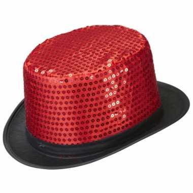 Hoge feesthoeden met rode pailletten- feestje!