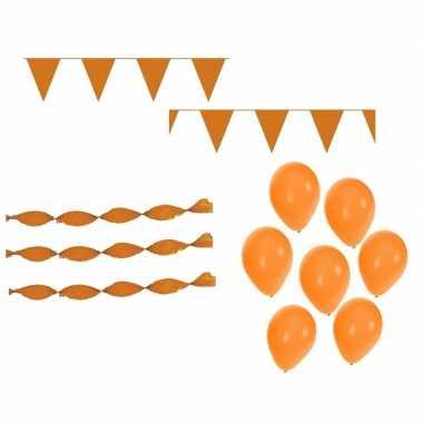 Koningsdag feestpakket met oranje versiering en decoratie- feestje!