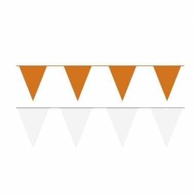 Witte/oranje feest punt vlaggetjes pakket 120 meter- feestje!