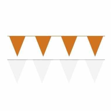 Witte/oranje feest punt vlaggetjes pakket 60 meter- feestje!