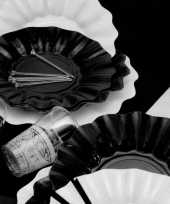 Feestartikelen diepe borden zwart feestje 10067119
