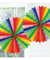 Feestversiering regenboog kleuren decoratie waaier 45 cm feestje