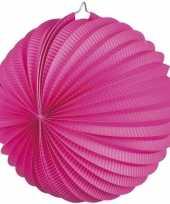 Fuchsia roze gekleurde feest lampionnen feestje